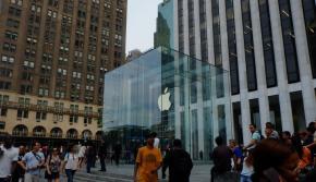 Apple is Back, Kembalinya Si Raja Inovasi Teknologi