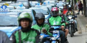 Transportasi Online: Aturan Krusial, Keselamatan Minimal