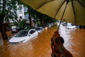 Nasabah Asuransi Memiliki Asuransi Mobil,Tetapi Klaim Banjir Di Tolak
